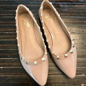 MIX NO. 6 Amandra Studded Flats Size 6